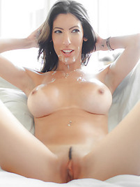Sperm drenched pussy